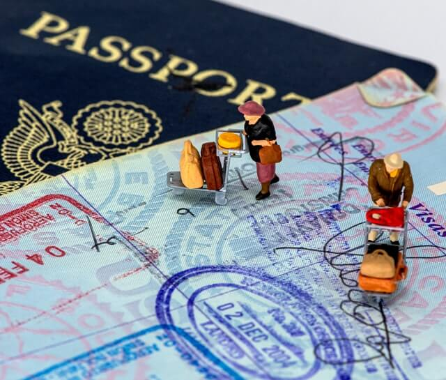 Temporary visa for foreigners born in Chile while their parents were in the country under a tourist visa in transit immigration chile lostinchile
